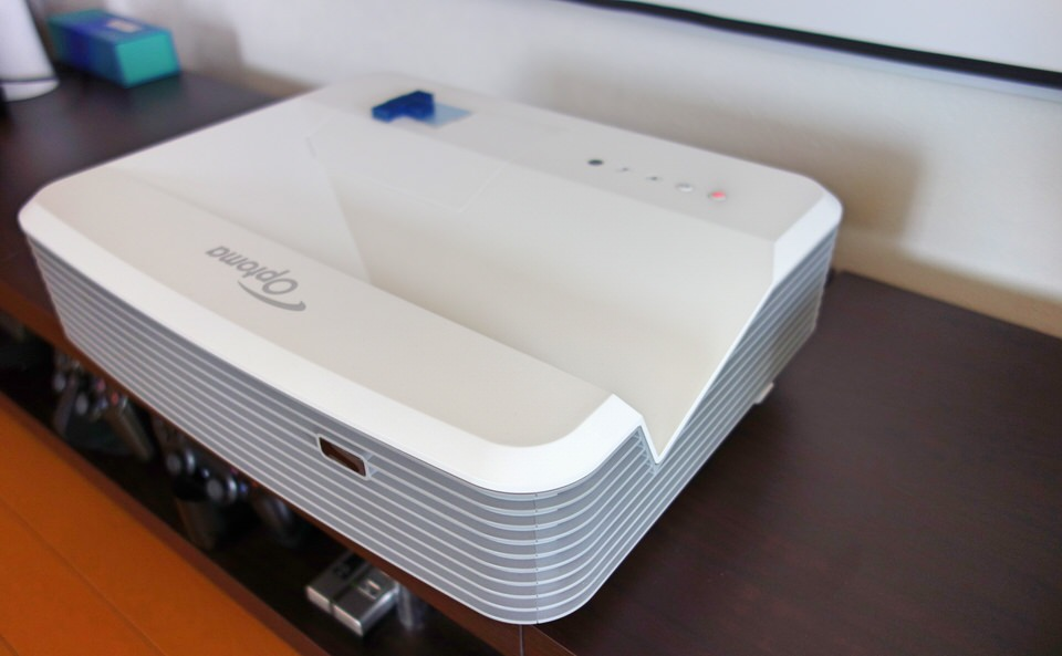 超短焦点 プロジェクター EH320UST